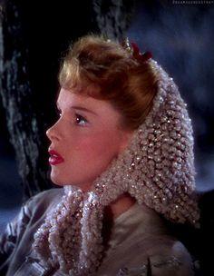Judy Garland in Meet Me In St. Louis (1944). Judy is so beautiful here.