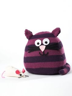 Free Pattern - Oh-so-squeezable stuffed cat, #knit in Bernat Super Value.