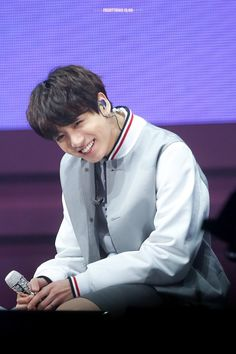 Find images and videos about kpop, bts and jungkook on We Heart It - the app to get lost in what you love. Jung Kook, Jung Hyun, Busan, Jungkook Oppa, Bts Bangtan Boy, Taehyung, Jungkook Smile, Jungkook 2018, Bts 2018