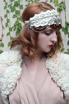 20's inspired headpiece ... original pinner did not credit but I think this came from etsy.com/shop/WillowandLarkSupply ?