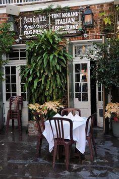 Tony Moran's Italian Restaurant   Bourbon street NOLA- Lunch Time