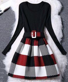 FALDAS SEMICIRCULARES PARA ESTE INVIERNO 2016 Hola Chicas!!!  Les tengo una galería de fotografías de faldas semicirculares que se ven muy lindas  para el invierno ya sea con jerseys, chaquetas de piel (imitación) bufandas, botines, zapatos altos, pero eso si con mayas negras oscuras nunca se las vayan a poner con mayas delgadas porque se ve muy corriente.   Y para las que sepan cocer, son mu sencillas de hacer les dejo un tutorial.