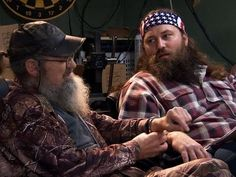 Duck Dynasty - Willie and Si Get Cuffed...my fav part of this is Jace's commentary on the whole thing.  He's so tickled his dimple shows!!