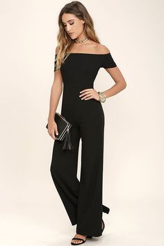 Any outfit involving the Alleyoop Black Off-the-Shoulder Jumpsuit is sure to be a stylish slam dunk! Stretch knit forms a trendy off-the-shoulder neckline and a fitted bodice, then transitions into wide-leg pants to really show off your stems. Belt not included. As Seen On Katie of @mytravelingcloset!