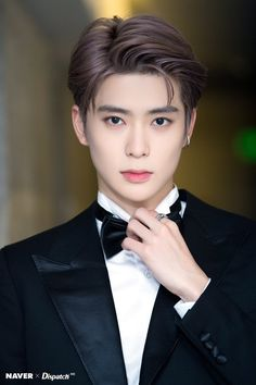 Naver X Dispatch Update : at American Music Awards 2018 - Jaehyun Ver. Jaehyun Nct, Nct 127, Winwin, Nct Dream, Kpop, Nct Debut, Fandoms, Valentines For Boys, Jung Jaehyun