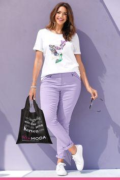 Sporty, Slim, My Style, Jeans, Fashion, Scale Model, Moda, Fashion Styles, Fashion Illustrations