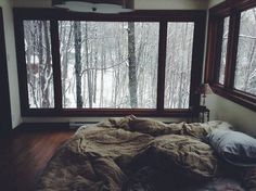 Imagen de winter, snow, and bed