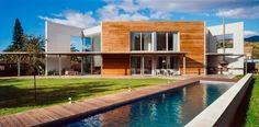 ⇢ 🏡 Casa BTO Una #vivienda geométrica de espíritu libre y carácter diáfano #arquitectura #proyectos #Benicàssim