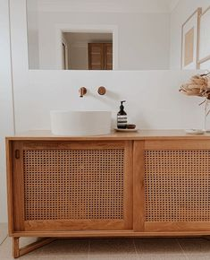 This gorgeous bathroom reno from The Beach Flat has our hearts fluttering Bathroom Styling, Bathroom Interior Design, Bathroom Renos, Remodled Bathrooms, Washroom, Master Bathroom, Bathroom Ideas, Amazing Bathrooms, Bathroom Inspiration