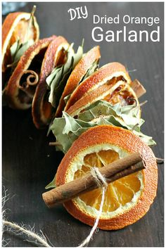 This beautiful natural dried orange garland can easily be made at home for your fall decor and still look good right the holidays and winter. Diy Christmas Garland, Fall Garland, Diy Garland, Christmas Crafts, Christmas Elf, Christmas Decorations, Winter Christmas, Fall Crafts, Orange Decorations