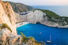 10 praias na Grécia para entrar de vez em seu roteiro de verão