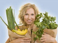 Mit diesen Lebensmitteln ernähren Sie sich gesund ist ein Artikel mit neusten Informationen zu einem gesunden Lebensstil. Auch die anderen Artikel von EAT SMARTER bieten Neuigkeiten zu den Themen Ernährung, Gesundheit und Abnehmen.