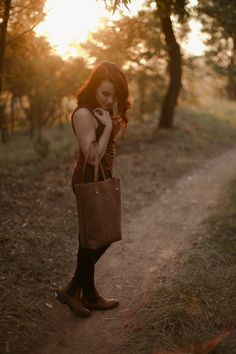 Ruth hand stitched leather tote- soft & sweet. _ Shop online: www.swish-swank.com Leather Briefcase, Leather Backpack, Leather Bag, Stitching Leather, Hand Stitching, Leather Craft, Luxury Lifestyle, Travel Bags, Leather Handbags