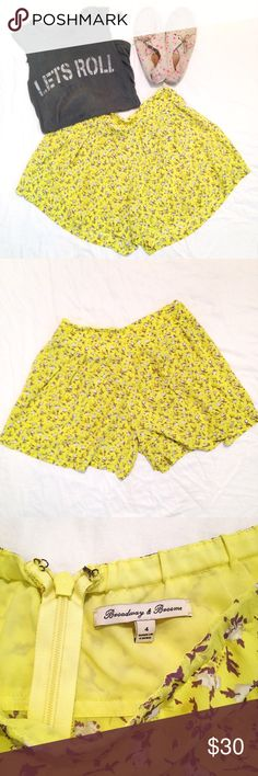 Madewell cullote shorts Silk cullote shorts from Madewell. I LOVE the look but they don't fit me. Chartreuse color with gold, white, and grayish-purple floral design that looks like little puffs of cotton. The style is intentionally roomy. When worn, these shorts look like a skirt. Madewell Skirts Mini