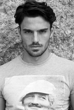 Men's Hairstyles: Mediterranean Waves.