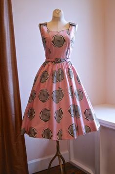 50s Dress // Vintage 1950s Pink and Black by xtabayvintage on Etsy, $298.00
