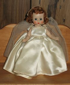 Wendy Bride - Madame Alexander doll 1955.