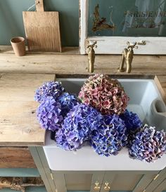 Thank you for the autumnal inspiration @simplyscandikatie on Instagram. How beautiful do our Mayan Aged Brass Taps look here? #brasstaps #utilityroominspo #utilityroomdesign #freshflowers #kitchenflowers #brassdecor #brassdetails #brasstap #homeinteriorinspo #realhomeinspiration #bootroom Utility Room Inspiration, Utility Room Designs, Brass Tap, Humble Abode, How Beautiful, Fresh Flowers, Deck, Display