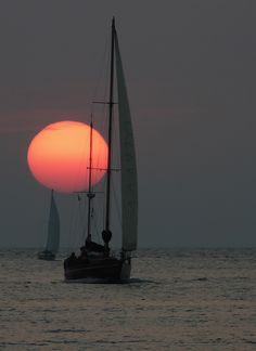sailing with your Brother Ron in the Lake Erie around the cute old lighthouse~so so peaceful~loved it