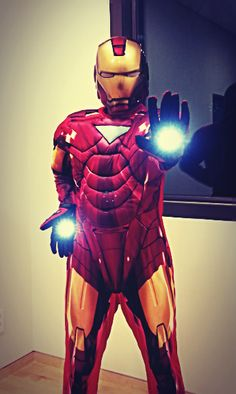 ZE:A's Kwanghee is a sleepy Iron Man?