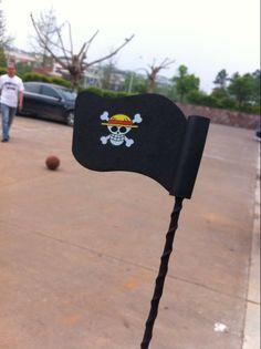 pirate antenna flag