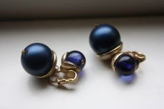 Vintage Navy Blue Clip On Earrings by madjoy22 on Etsy