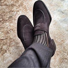 Handicraft Men Black Suede Loafer Shoes sold by Mr. Black Suede Loafers, Penny Loafers, Suede Shoes, Loafer Shoes, Loafers Men, Men S Shoes, New Shoes, Sock Shoes, Shoe Boots