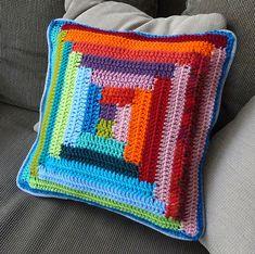 labyrint pillow