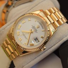 Mens Fashion Suits, Mens Suits, Rolex Day Date, Expensive Watches, Luxury Watches For Men, Gold Watch, Rolex Watches, Clock, Jewels
