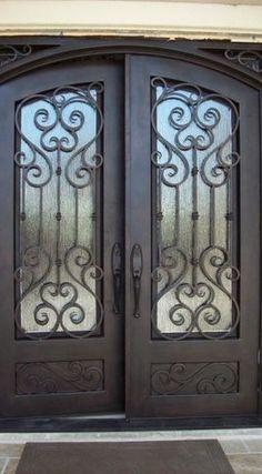 New Metal Front Door Ideas Wrought Iron 29 Ideas Arched Front Door, Iron Front Door, Green Front Doors, Double Front Doors, Front Door Entrance, House Front Door, House Entrance, Entry Doors, Entryway