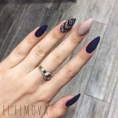 MERNUR hopes these 71 Most Eye-Catching Square Nails Art (Acrylic Nails, Matte Nails) for Summer that can help you out. Perfect Nails, Gorgeous Nails, Love Nails, My Nails, Creative Nail Designs, Creative Nails, Art Designs, Sophisticated Nails, Nagel Gel