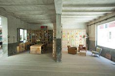 The Hub|Where We Design community workspace in madrid http://wherewedesign.com/2011/04/the-hub/