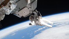 Dream Job Alert! NASA Puts Out Call For New Astronauts