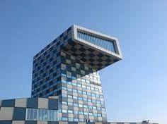 dit gebouw staat in Rotterdam en het is een stc gebouw