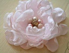 Fabric Flowers : DIY fabric flower tutorial