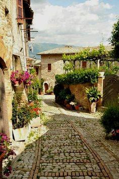 Montefalco (Pg) #visitingitaly #VisitingItaly