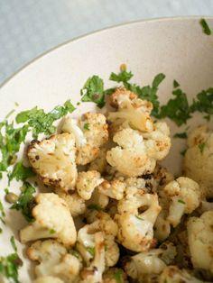 gebackener und dann in Salatdressing eingelegter Blumenkohl
