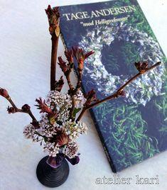 Atelier Kari naturdekorasjoner og kranser Gift Wrapping, Decorations, Nature, Gifts, Art, Atelier, Gift Wrapping Paper, Art Background, Naturaleza