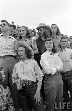 University Of Arizona Rodeo - Life Magazine. Vintage Western Wear, Vintage Cowgirl, Cowgirl Style, Western Style, Western Girl, Cowgirl Fashion, Life Magazine, Looks Vintage, Vintage Love