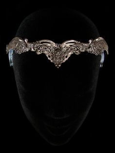 FREE Worldwide SHIPPING on all Orders over 130 € with Coupon Code : ONLYFORYOU  ***  Zephyr Winged Crown : The crown is composed of silver plated