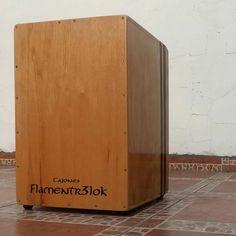 https://www.flamentr3lok.cl/venta-de-cajones  Cajón peruano profesional Flamentr3lok