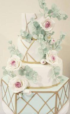 Mladenacka torta - cake by SlavicaSlavica Crazy Cakes, Unique Wedding Cakes, Rose Cake, Let Them Eat Cake, Cake Art, Happily Ever After, Amazing Cakes, Cake Decorating, Decorative Boxes