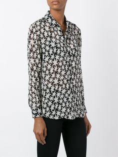 #saintlaurent #silk #star #prints #women #shirt #new #style www.jofre.eu