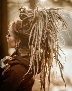 I can& believe my entire month of feburary is Every single day! I am honored and so grateful for the patience… Dreadlock Hairstyles, Twist Hairstyles, Cool Hairstyles, Black Hairstyles, Wedding Hairstyles, Natural Dreads, Natural Hair Updo, Natural Hair Styles, White Dreads