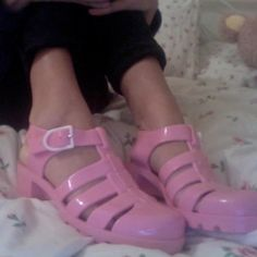 7ca463975df Adorable pink authentic juju jellies 🌸 these are so 80s   90s and look  super cute