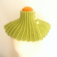 Olive green neckwarmer green forest scarf  light green by pipocass, €34.00