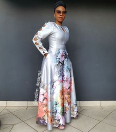 African fashion is available in a wide range of style and design. Whether it is men African fashion or women African fashion, you will notice. African Maxi Dresses, African Attire, African Wear, African Style, African Fashion Designers, African Print Fashion, Africa Fashion, Fashion Outfits, Fashion Styles