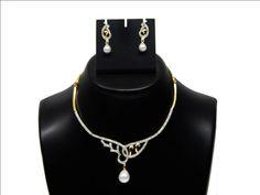 Indian Bollywood Fashion White American Diamond Studded Necklace Set #Handmade #ImitationJewelry #ArtificialJewelry #HandmadeJewelry
