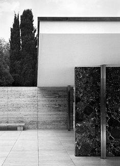 MIES - Pabellón alemán para la exposición universal de Barcelona, 1929.