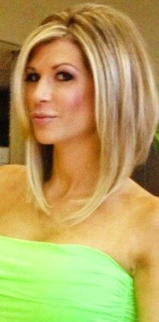 Alexis Bellino Hair- while growing my hair out I will have this cut! Love love the long bob!